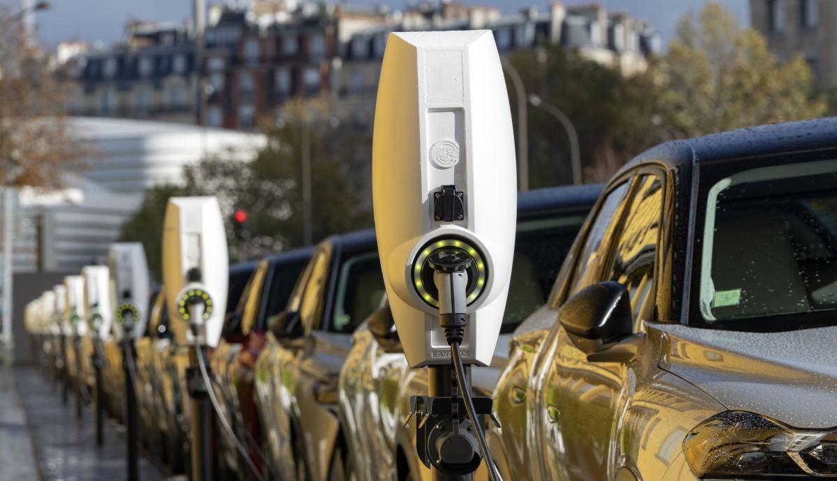Qué coches van a comprar las empresas según el Arval Mobility Observatory