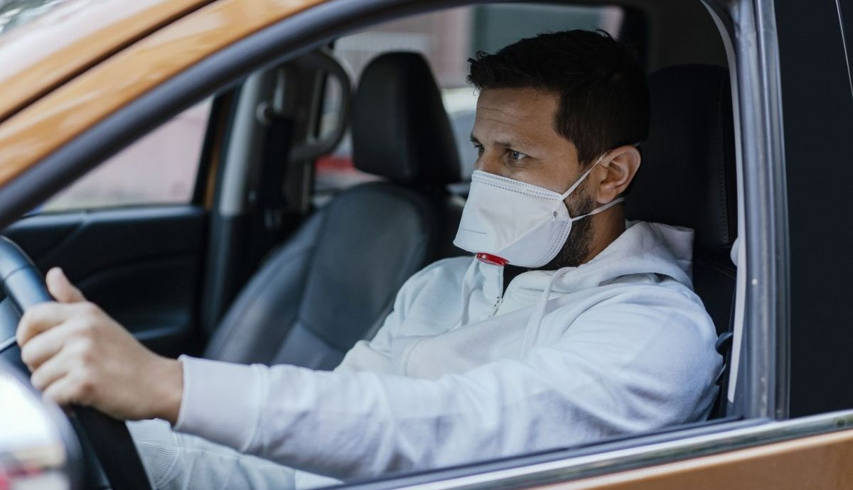 FFP2 masks could be mandatory in cars and public transport: which is the most effective.  Photos: iStock.