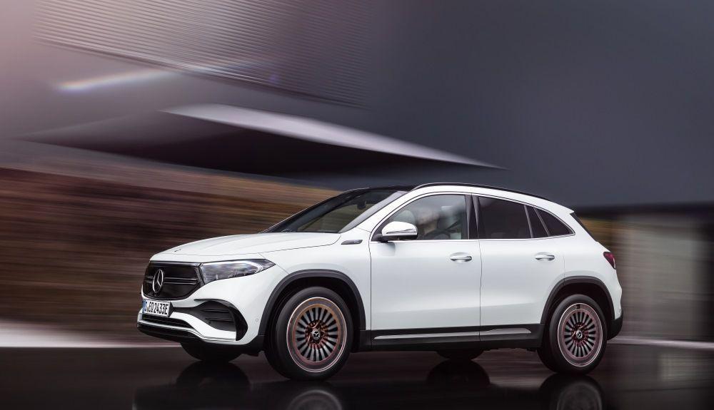 Mercedes EQA 2021 1