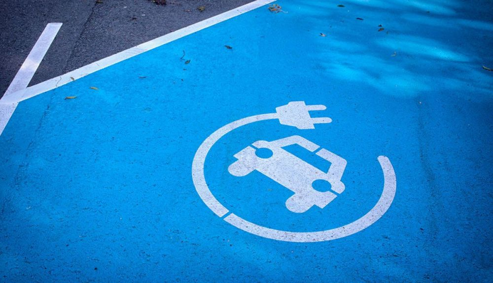 The Government, ready to definitively promote electric mobility.