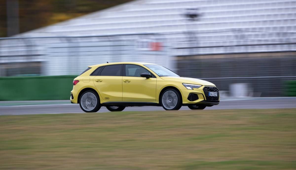 Audi S3 Sportback 2021 13