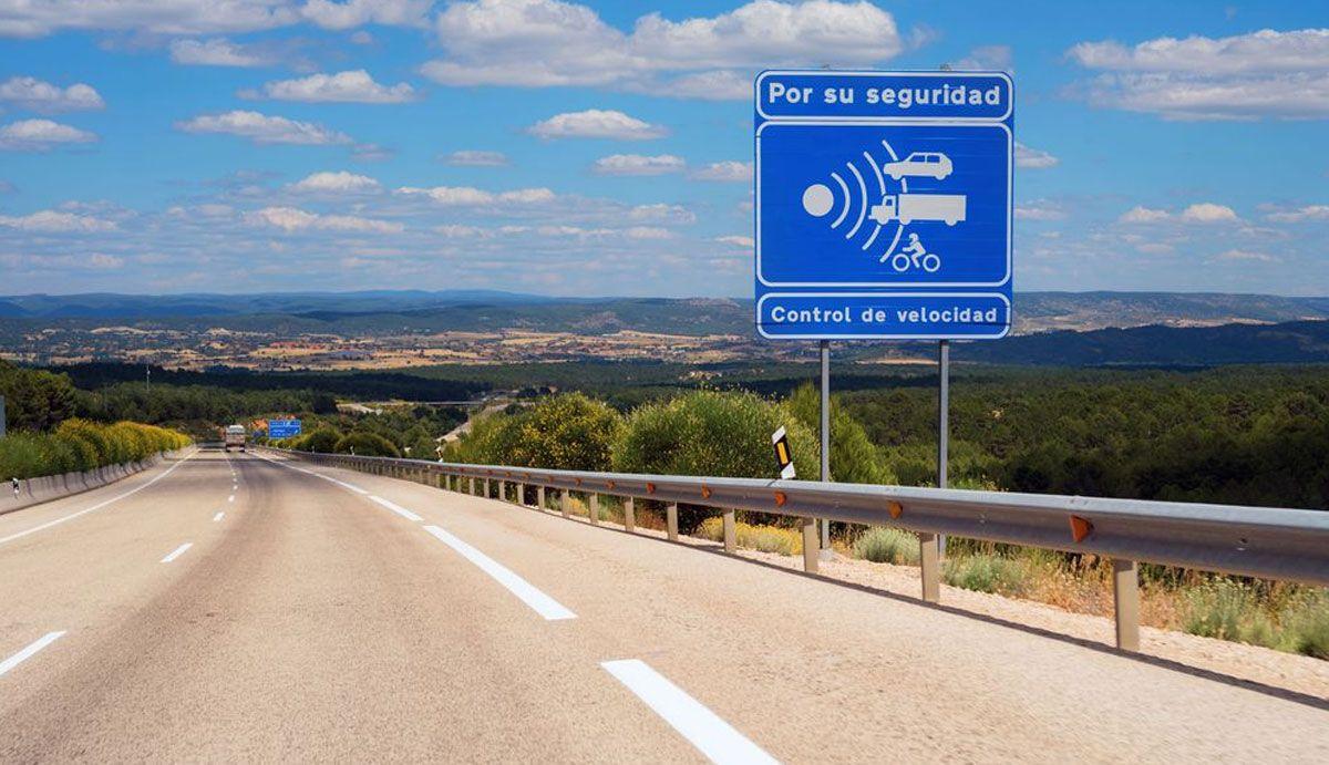 Los nuevos radares en las carreteras y calles de España, dónde están y cuáles multan