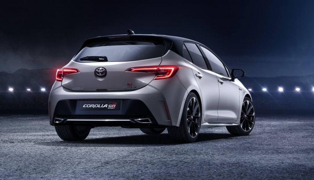 Toyota Corolla GR Sport rear view