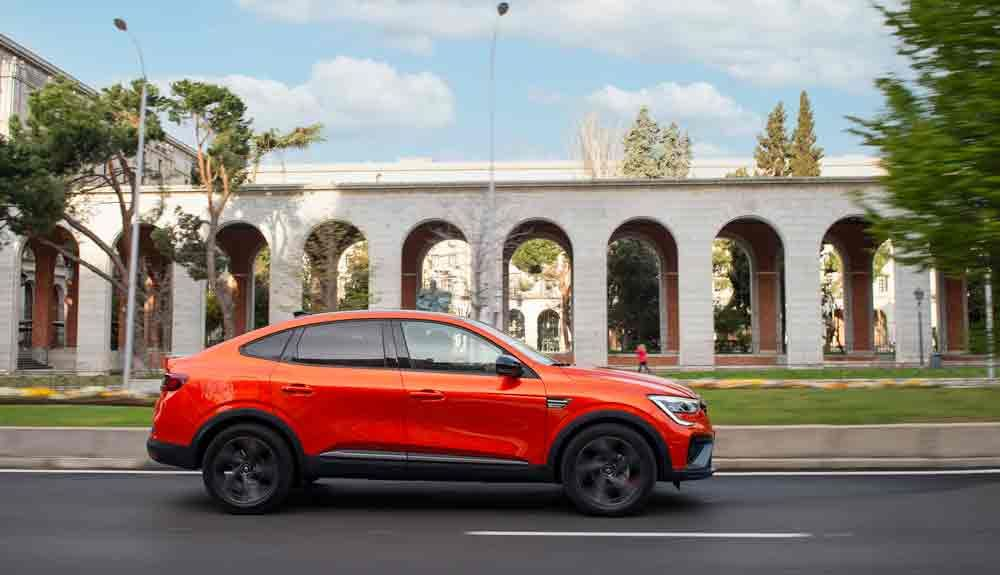 The Arkana coupe line reinforces the appeal of an SUV with an Eco label in all its versions