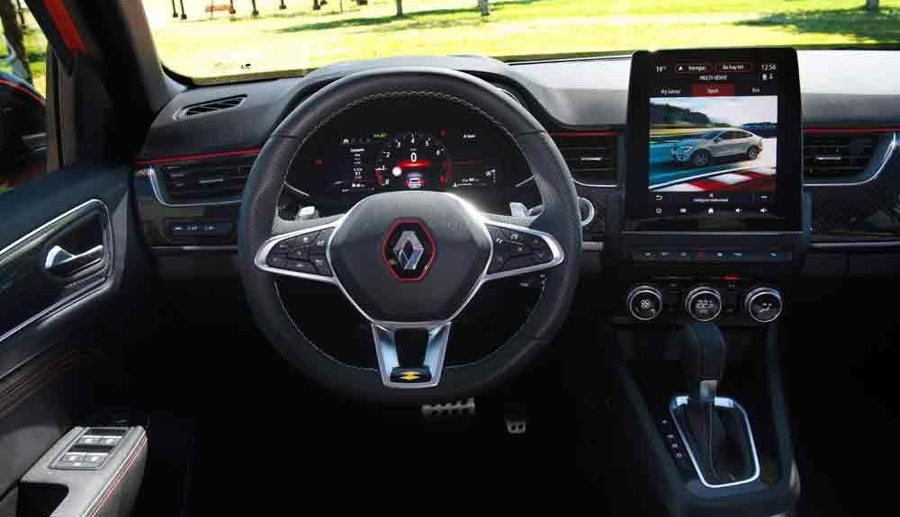 The interior of the Renault Arkana E Tech