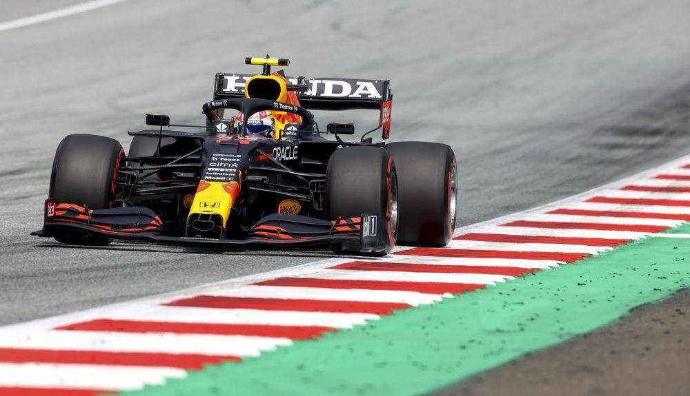 Q2 Pérez set the best time in Q2