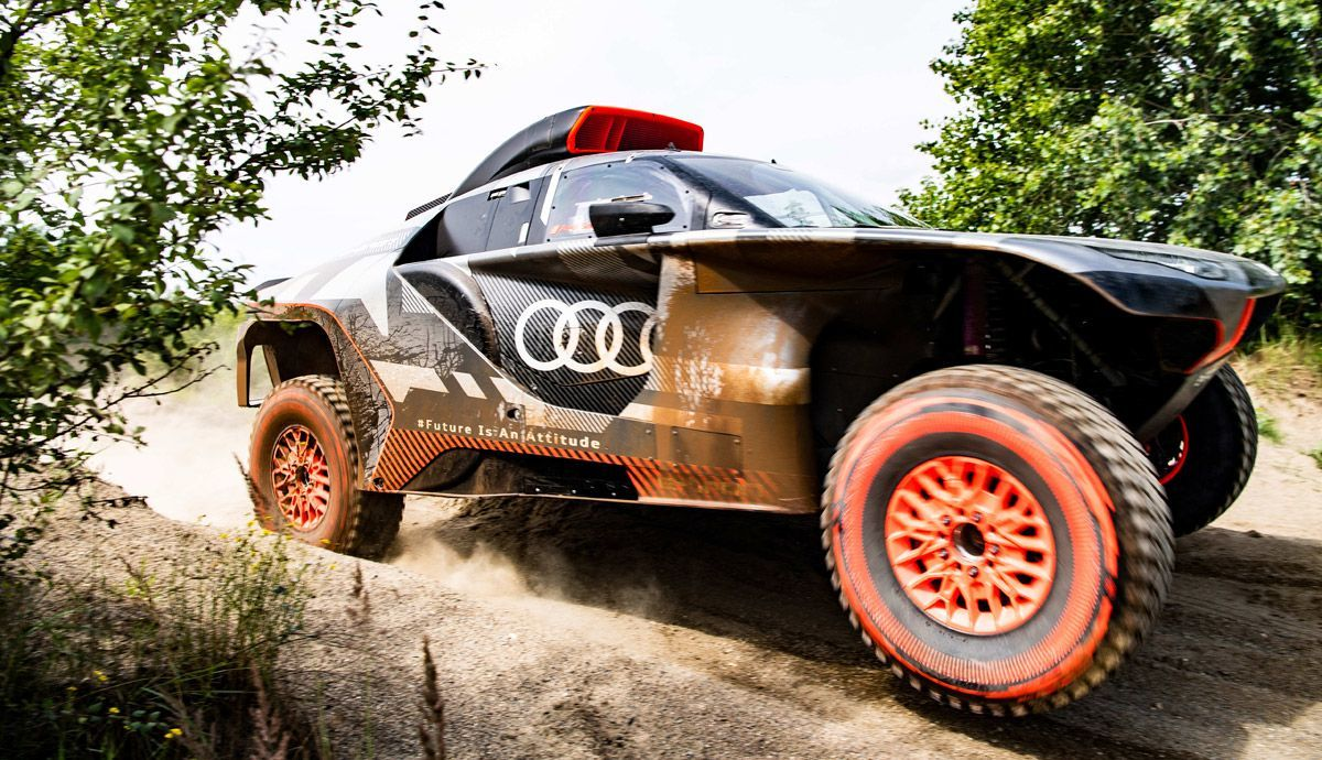 In the Audi RS Q e-tron, in action.