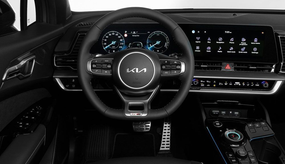 The interior of the Kia Sportage GT-Line will feature its large 12.3-inch dual screen