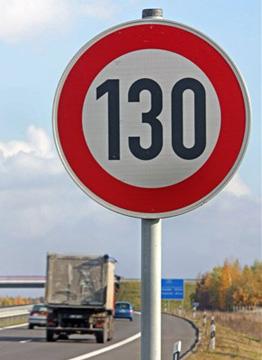 Señal 130 km/h