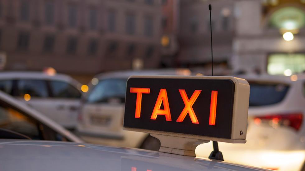 D nde se pagan los taxis m s caros for Autoescuelas santa cruz de tenerife