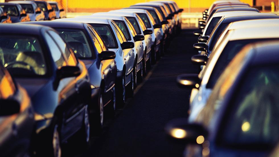 El superávit comercial del automóvil sube en el primer semestre