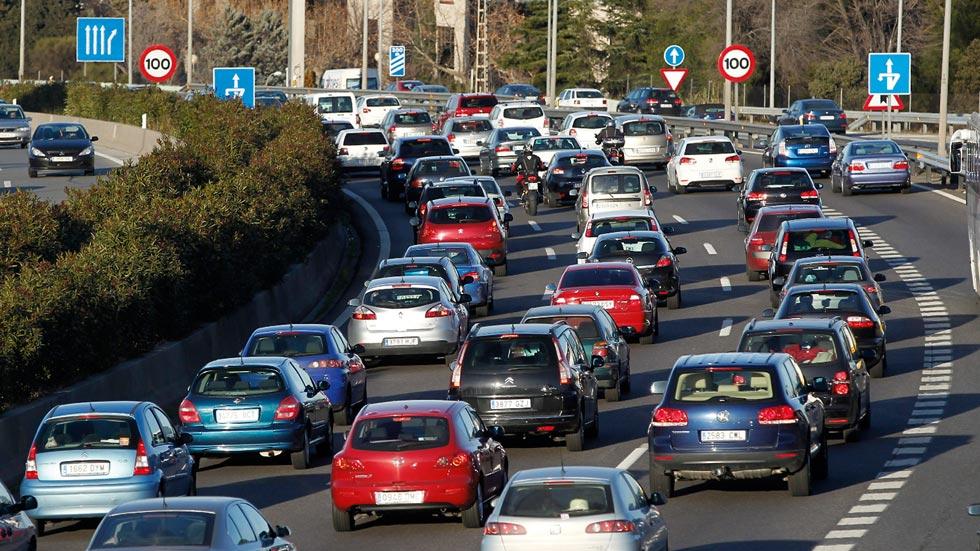 Los coches dejarán de circular por Madrid: medidas aún más restrictivas con Carmena