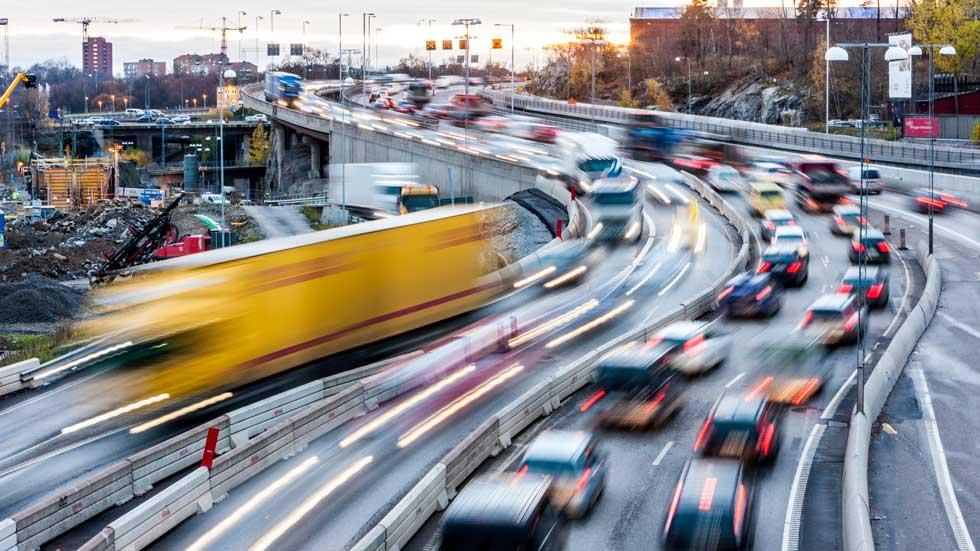 La conducción lenta, lo que más nos estresa al volante
