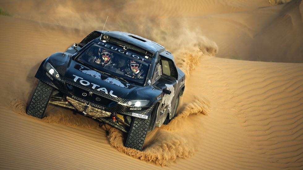 Dakar 2016: Sébastien Loeb y un 2008 DKR evolucionado, nuevas bazas de Peugeot