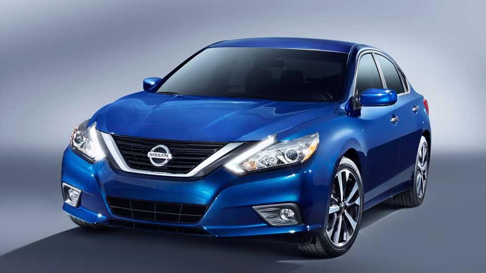 Nissan Altima 2016, actualizado y con un diseño más moderno