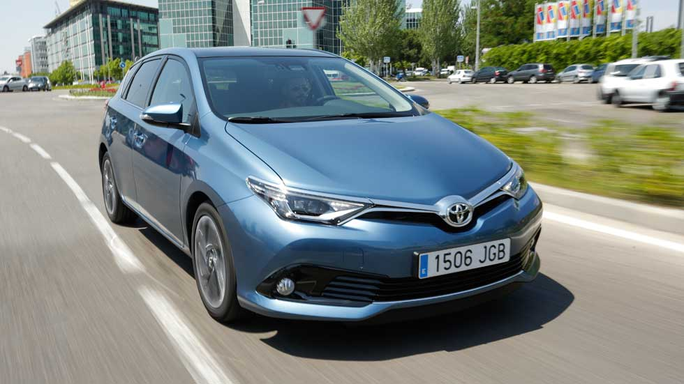 Toyota Auris 120T, actualización de la versión de gasolina