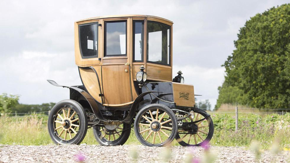 Woods Queen Victoria Brougham, un eléctrico de 1905, subastado