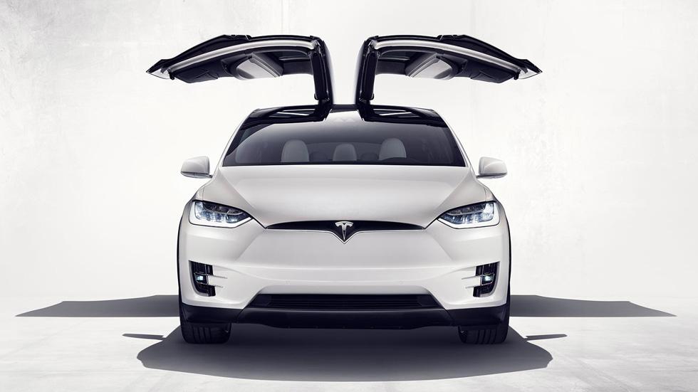 Tesla Model X, el crossover eléctrico ya está a la venta