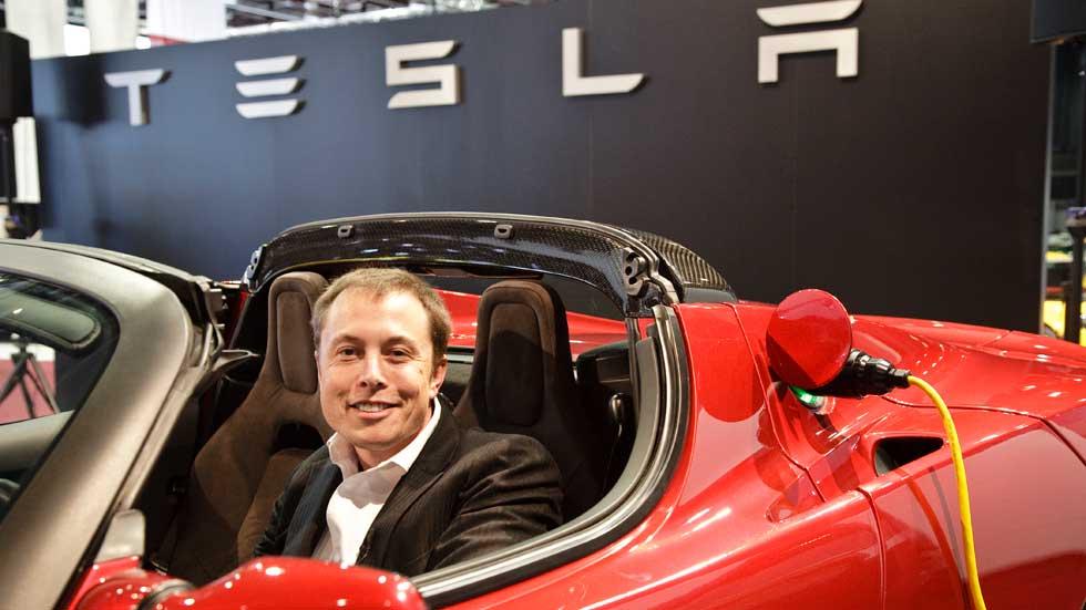 Elon Musk aboga por el fin de la gasolina y el Diesel