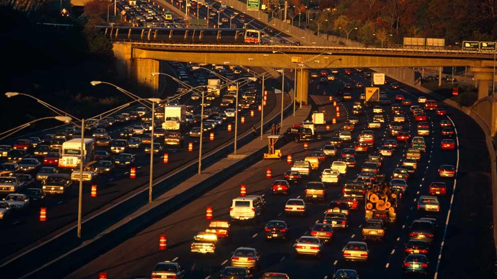 4 de cada 10 españoles no sabe que el Diesel contamina más