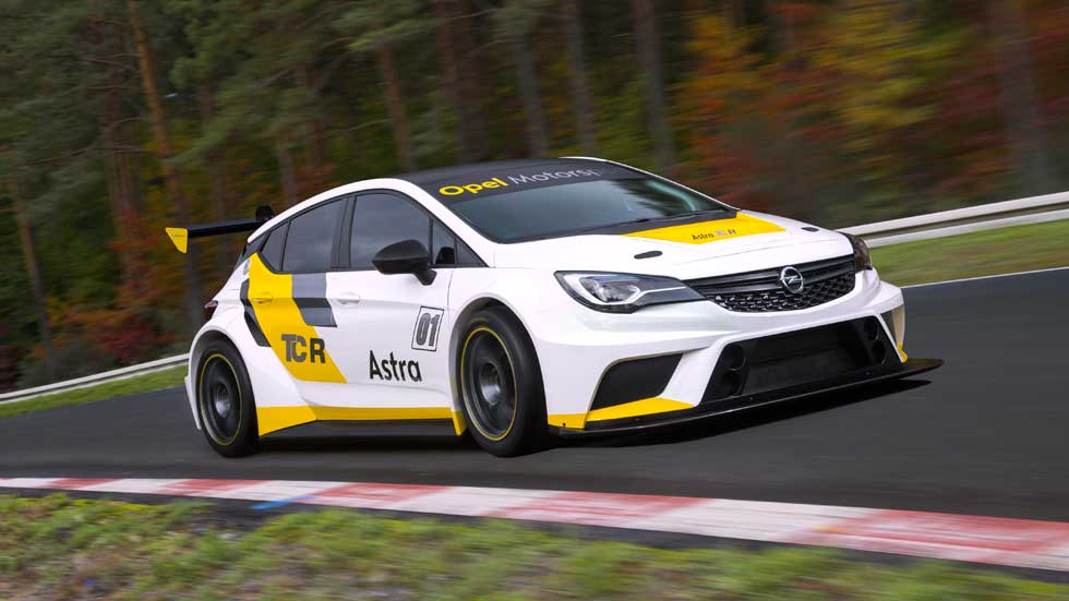 Opel Astra TCR, las carreras en la sangre