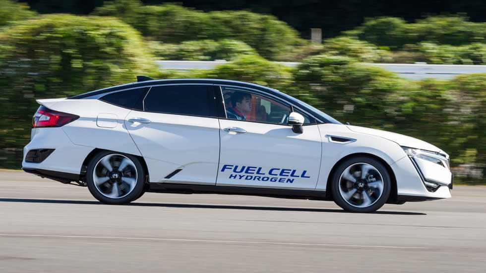 Honda Clarity Fuel Cell: el Toyota Mirai de hidrógeno ya tiene rival