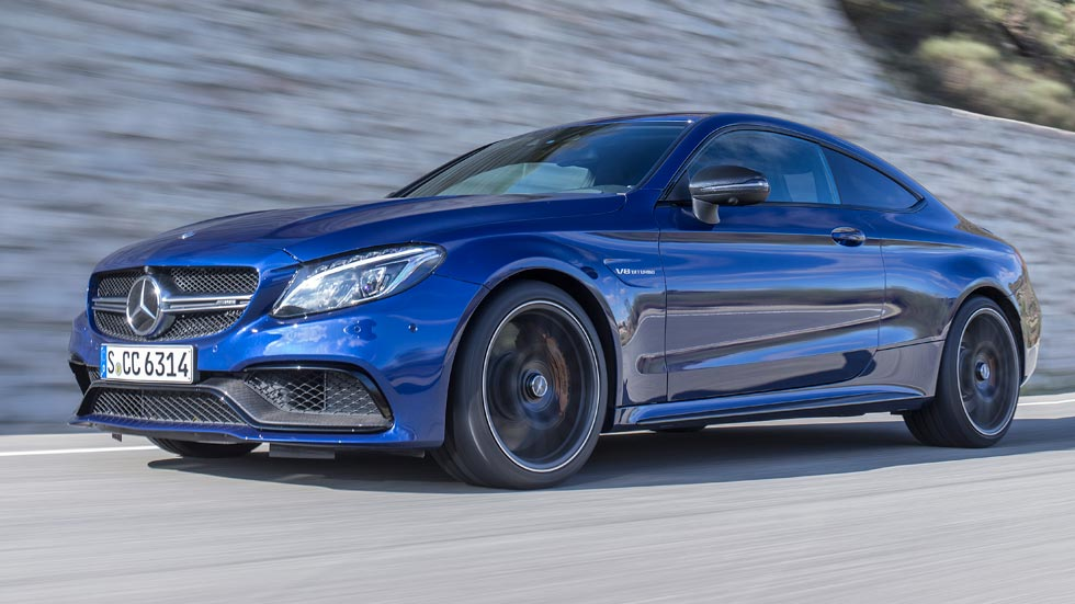 Mercedes c coup elegante deportivo y radical for Mercedes benz clase c coupe 2017
