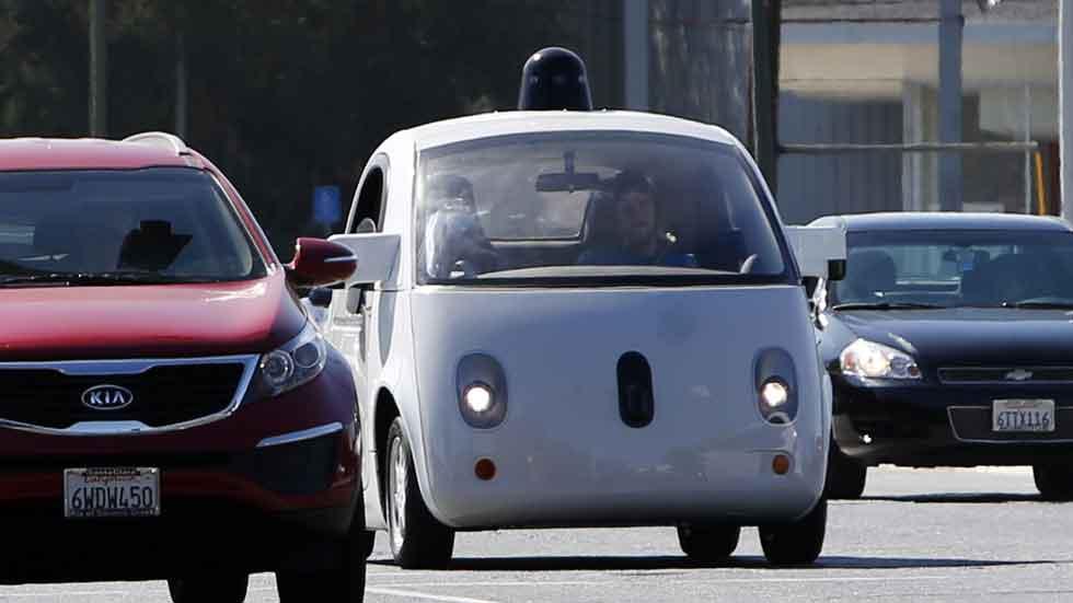 Los coches autónomos ya pueden ensayar en España