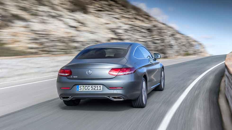 Autopista número 2.936: Mercedes Clase C Coupé