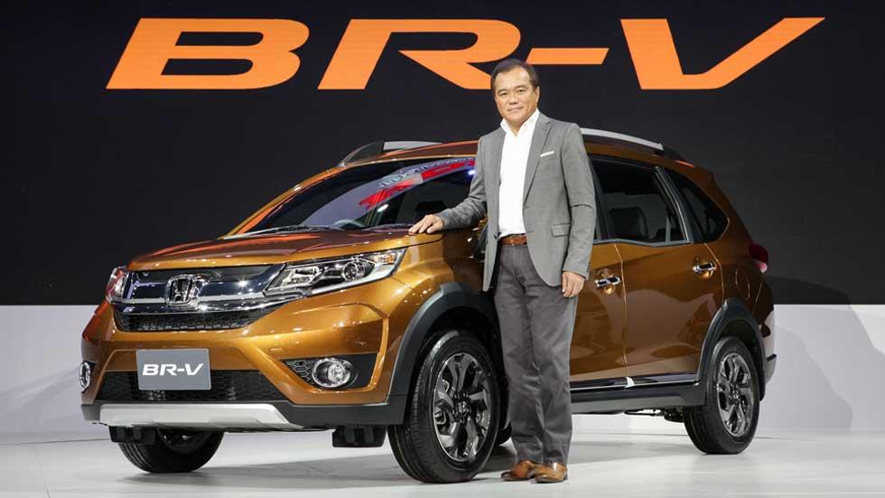 Honda BR-V, el SUV de siete plazas se muestra en Tailandia