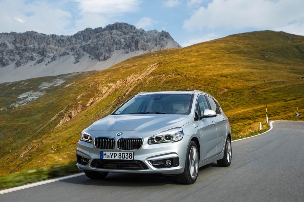 BMW 225xe, monovolumen de tracción total híbrido enchufable