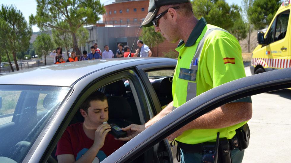 Tráfico: campaña de control de drogas y alcohol