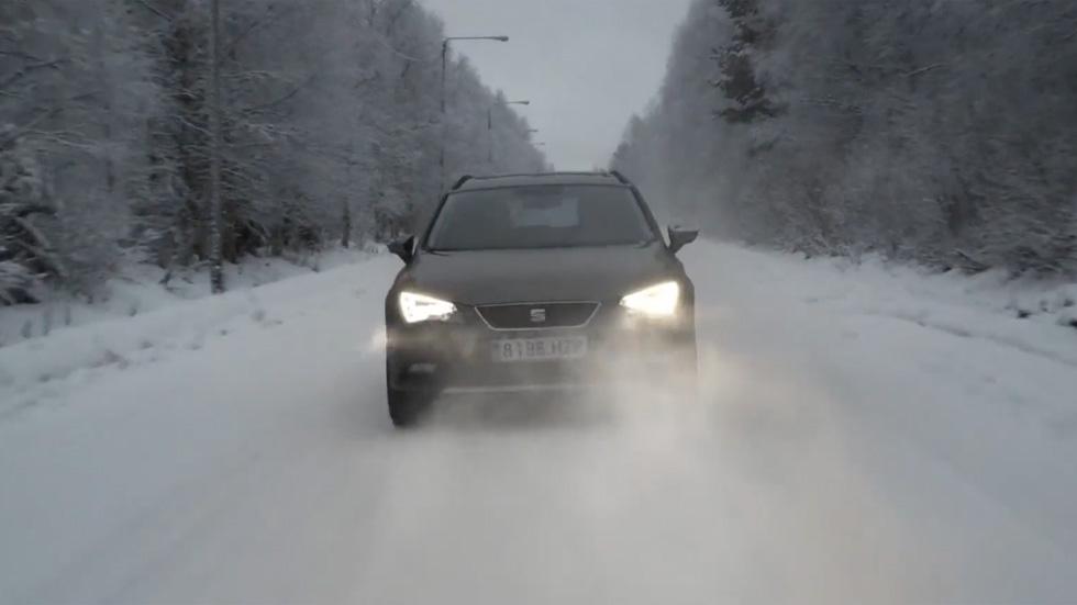 El Seat León X-PERIENCE visita a Papá Noel en Laponia (vídeo)