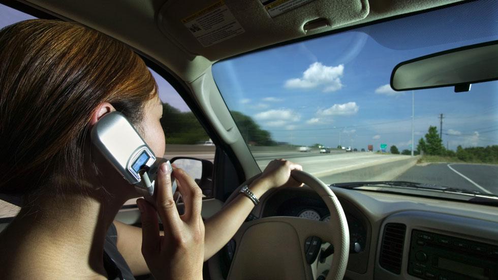 Nuevos radares que vigilan el uso del cinturón y el móvil