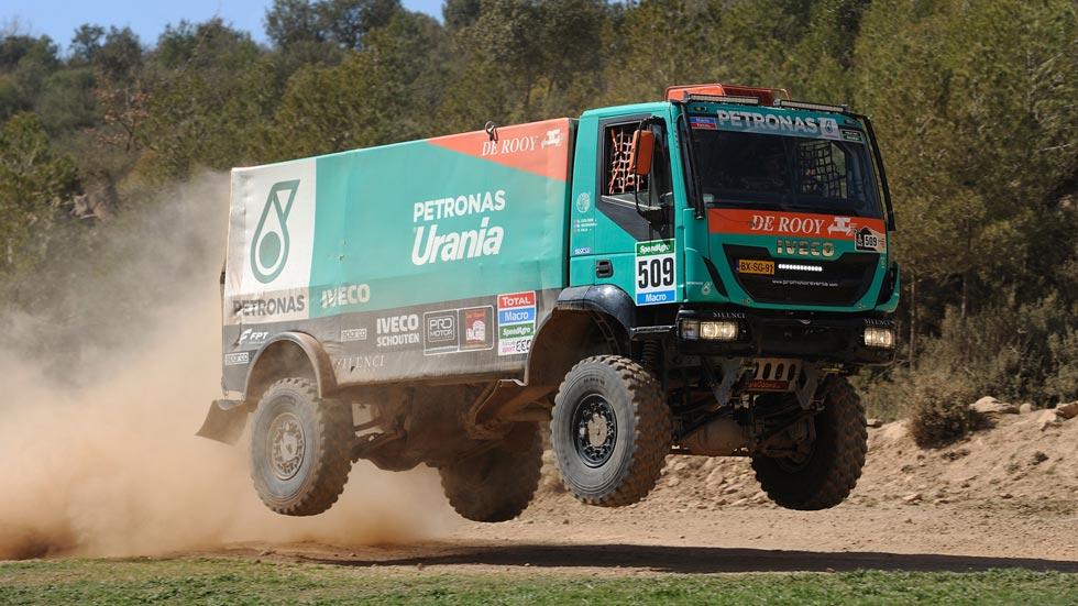 Así es un camión del Dakar