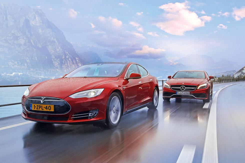 Tesla Model S P85D vs Mercedes CLS 63 AMG S: ¿potencia eléctrica o V8?