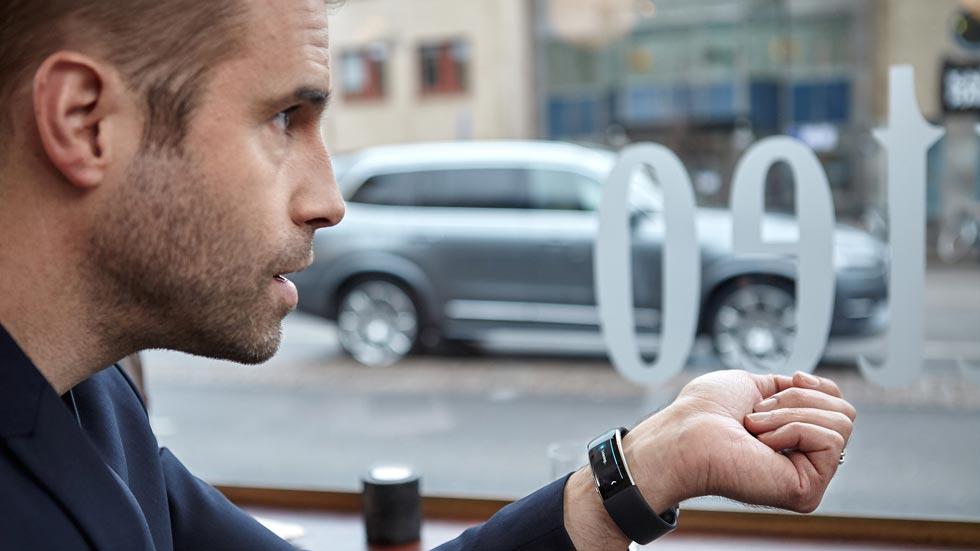 En el futuro podrás hablar con tu Volvo con el smartwatch