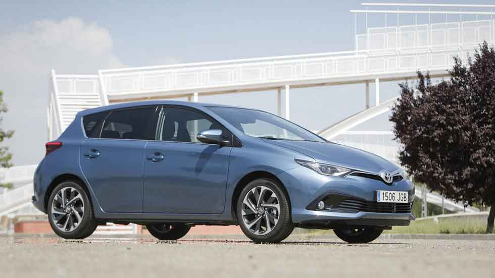 Los 5 coches híbridos más vendidos en España en 2015