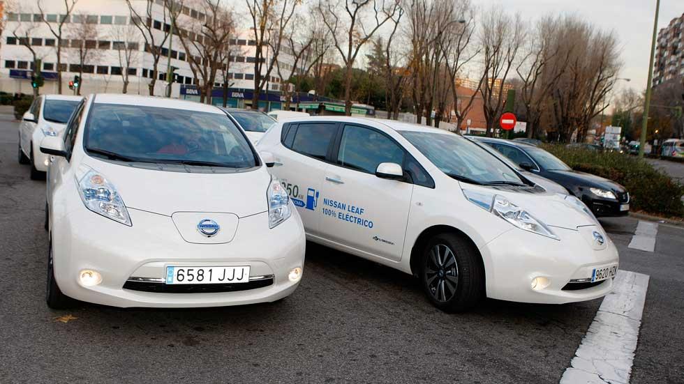 Evento Nissan LEAF: 450 personas prueban el coche eléctrico en Madrid