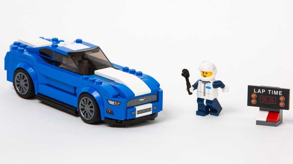 Ford Mustang y F-150 de Lego, para los niños más grandes
