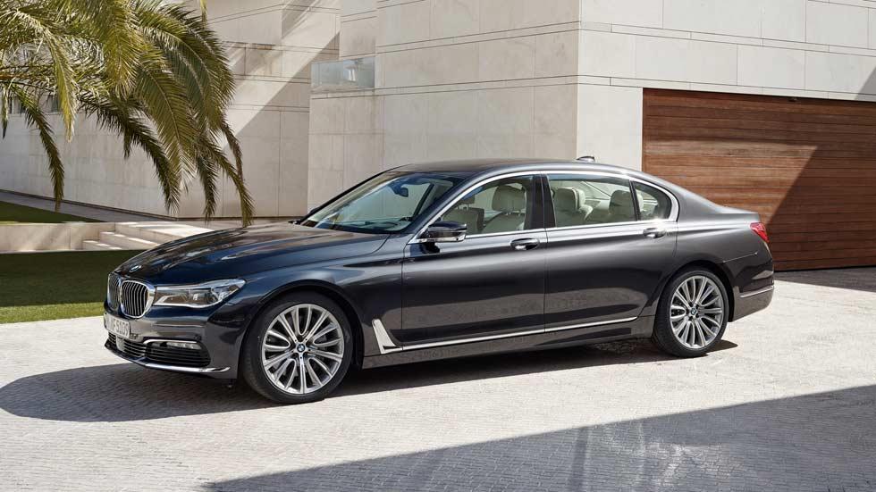 BMW, la marca de coches más valorada en internet en diciembre 2015