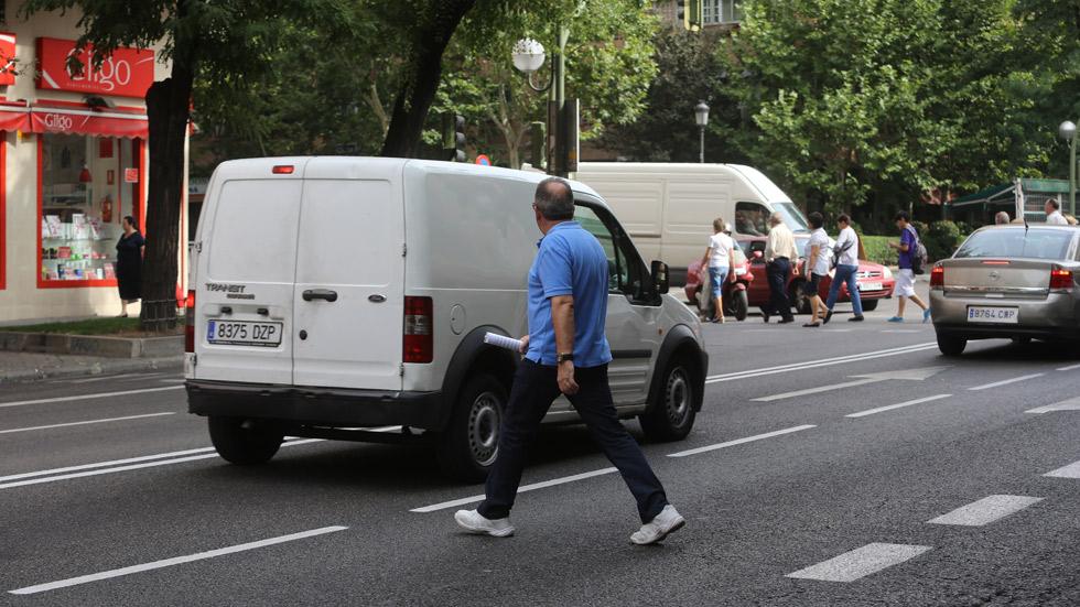 ¿Málaga multará con 1.000 euros por no cruzar por el paso de peatones?