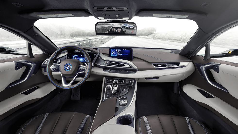BMW sustituirá los espejos retrovisores por cámaras en 2019