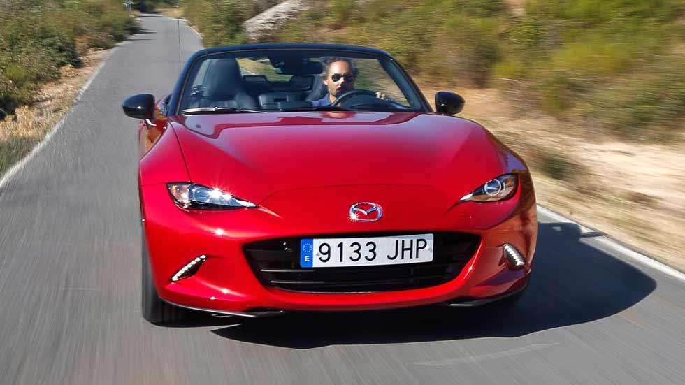 Mazda MX-5, el coche preferido en 2015 por los internautas españoles