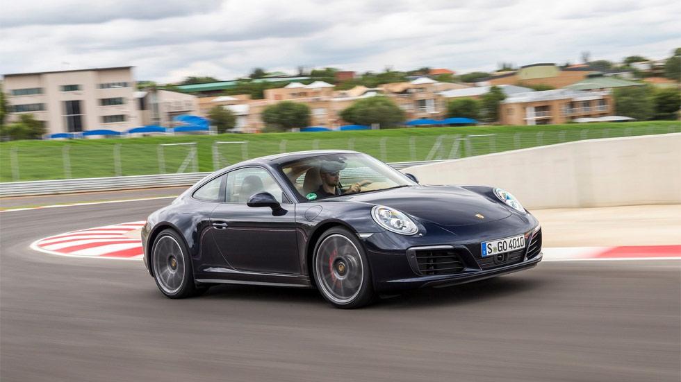 El Porsche 911 híbrido enchufable, posible en 2018