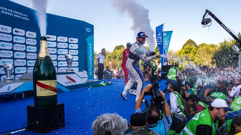 Fórmula E: Bird resiste a la remontada de Buemi, y más…