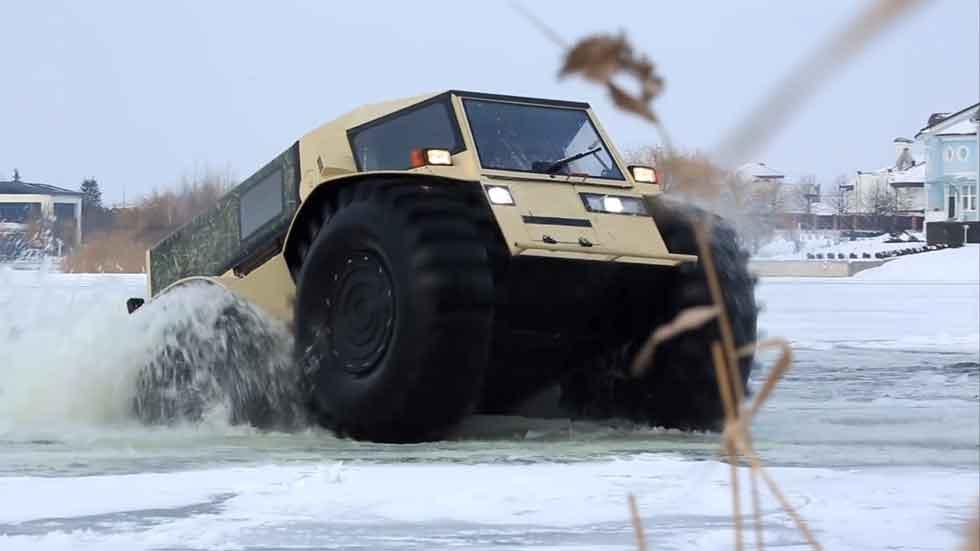 Sherp: el vehículo ruso que camina sobre las aguas… (vídeo)