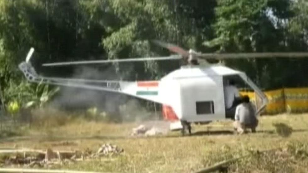 Un mecánico indio construye un helicóptero con piezas de coches (vídeo)
