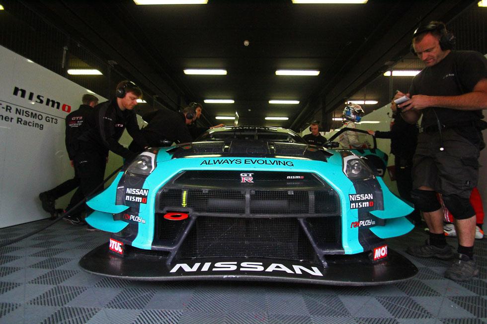 Nissan GT-R NISMO GT3, a sus mandos en Montmeló