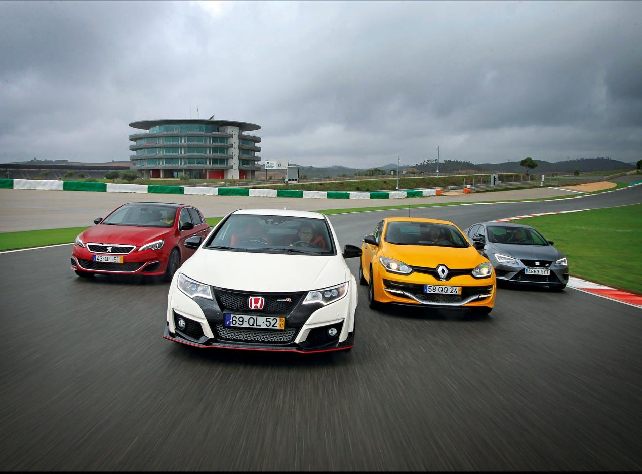 Honda Civic Type R, Seat Leon Cupra, Renault Megane Trophy y Peugeot 308 GTI en circuito
